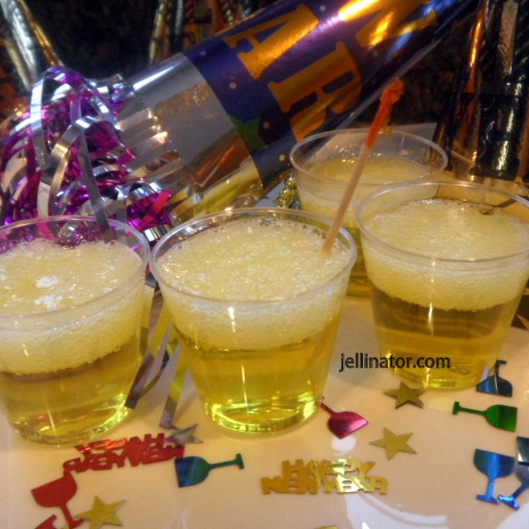 Sparkling Champagne Jello Shots - Jellinator.com