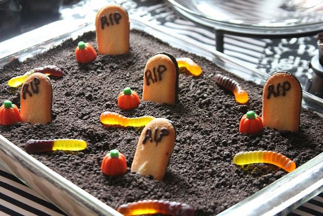 Dirt Cake Recipe Jello: Halloween Party Recipes
